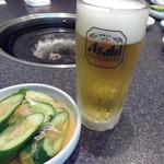 Kankokukateiryouriyakinikunokinkai - 生ビールで♪