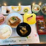 スパティオ小淵沢 - 料理写真:朝食(他にパン・コーヒーもありました)