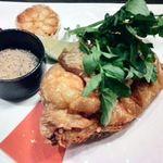関内 個室肉バル 颯 - 鶏半身のフリット