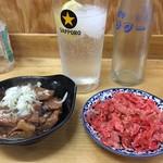 74345896 - 煮込み、キャベツ生姜、レモンサワー