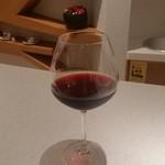 74345962 - グラスワイン。