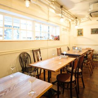 ≪隠れ家カフェ≫開放感のある空間はデートや女子会に◎