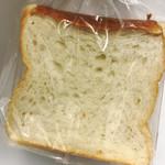 74350814 - 食パン