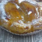 プロデュイ プチ ポゥア - 料理写真:季節商品アップルパイ 10月1日から始まりました。
