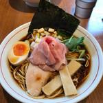 寿製麺 よしかわ - 煮干しそば黒醤油(690円)