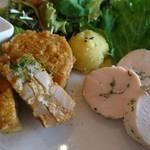 cafe アンシュルス - れんこんのはさみ揚げ&鶏むね肉の自家製ヘルシーハム