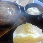 74356107 - 天ぷら付き親子味噌煮込みうどん