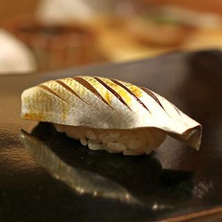 日本橋蛎殻町 すぎた - 料理写真:コハダ