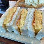 フレッズカフェ - 厚焼き玉子サンド