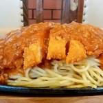 レストラン泉屋 - レストラン泉屋 本店@釧路 スパカツ 横から