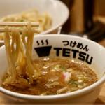 つけめんTETSU - 麺リフト