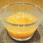 74362231 - 本日のランチ 1000円 のパプリカとソーセージのカレースープ