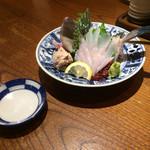 四十八漁場 - 福井県日向定置網より ウマヅラハギの姿造り