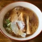 中華そば GO.TO.KU 仁 - 料理写真:「あら炊き中華そば 正油」800円