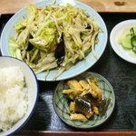 筑波飯店 - 料理写真:野菜炒め定食 650円