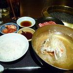 焼肉居酒家 韓の台所 - カルビ☆冷麺ランチ¥930
