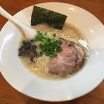 麺道我飯 - 料理写真:ラーメン580円!