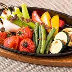 ブッチャーズキッチン - 彩り野菜のオーブン焼き
