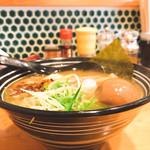 鮮魚鶏出汁麺 沢むら - 横から