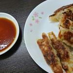 ぎょうざ太郎 - 料理写真:焼き餃子♪
