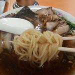 青島食堂 - 麺