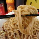 豚らーめん  - 麺