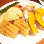 うし松 - 野菜盛り合わせ