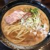 桐麺本店 - 料理写真:鶏麺みそ800円(税込)