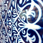 アフタヌーンティー・ティールーム - 柱のアラベスク模様