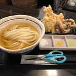 讃岐うどん 白庵 - 天ぷらセット970円(税込)