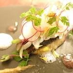 74419289 - 北海道産秋刀魚 秋茄子のピュレ ラディッシュ オニオン ウイキョウ 秋刀魚の肝のソース