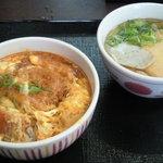 なか卯 - 料理写真:カツ丼(並)550円/小うどん きつね(250円)