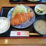 74421502 - ロースカツ定食(ランチ)907円