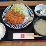 74421564 - ヒレカツ定食 907円