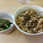 74425699 - 帆立炊き込みご飯の小サイズ(¥200)と、小松菜お浸し