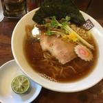 玉五郎 - 秋刀魚煮干しらーめん850円