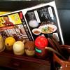 らーめん・つけ麺 よろしく - 料理写真:卓上セッティング