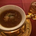 中国料理 XVIN - フカヒレスープと杏露酒ロック(飲み放題)