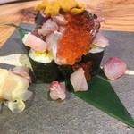 丸秀鮮魚店 - こぼれ寿司