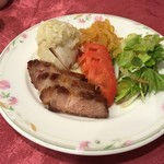 chuugokuryourinanen - 三種の冷菜(水母、蒸し鶏、叉焼)ハーフサイズ