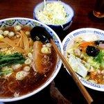 紅梅軒 - 料理写真:ラーメン+ミニ中華丼!