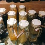 ヴィーニャ ヴァン ヴィーノ - ドリンクバーの一部。こちら以外に、ホットならコーヒーと紅茶で食後のひと息までバッチリ。