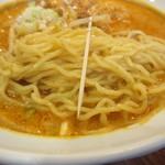 上海ブラッセリー - 麺は、軟らかい