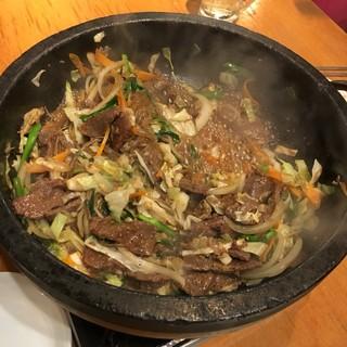 韓国食堂 ジョッパルゲ - 煮えたところ