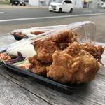 日の丸亭 - 料理写真:唐揚げのボリューム凄いのです!