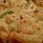ヴォイス - エビとアボカドのワサビソースピザ