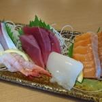 寿司居酒屋 や台ずし - 料理写真:刺身5点盛り(1,079円)