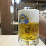 尼崎焼そばセンター - 生ビール(中) 390円
