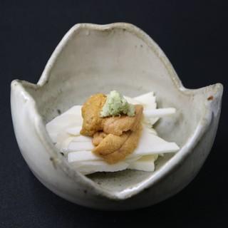 ◆細部にこだわり◆ガリは国産生姜使用。2日かけて漬けこむ逸品
