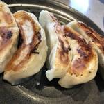 麺厨房あじさい - 餃子 350円